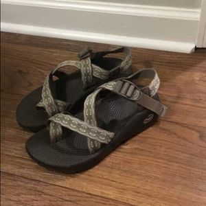 CHACOS! Size Women's 7!